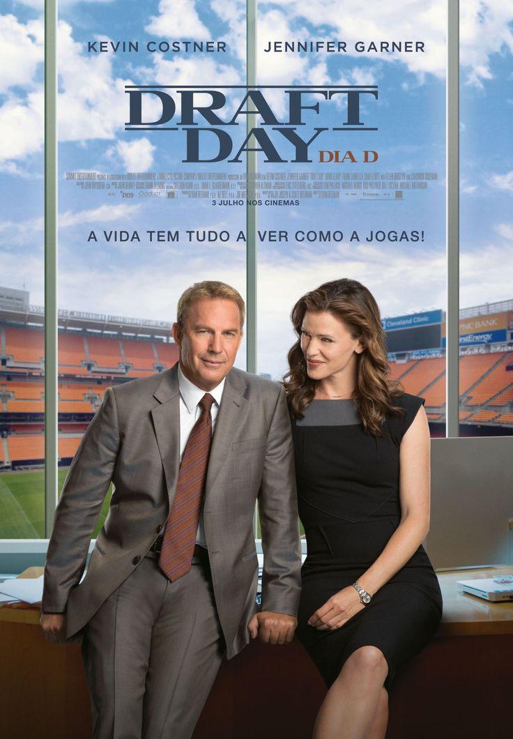 Draft Day - Movie: 3,5 Stars http://www.futebolamericano.eu/review/draft-day