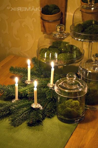 Nu har jag bestämt mig! Min jul 2012 blir en lugn och grön jul:   http://www.var-dags-rum.se/2012/11/jul-jul-stralande-jul-julen-2012.html