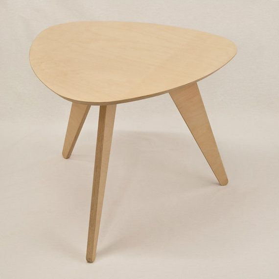 Side table miss t nude wood table wood table nude and for Table 0 5 ans portneuf