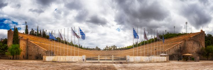 Despite everything, I really love the Olympics. So of course I also had to visit the Panathenaic Stadium while being in Athens. It was built almost 2000 years ago and still serves as the finishing point of THE classic Marathon from - well Marathon - to Athens! 🏆