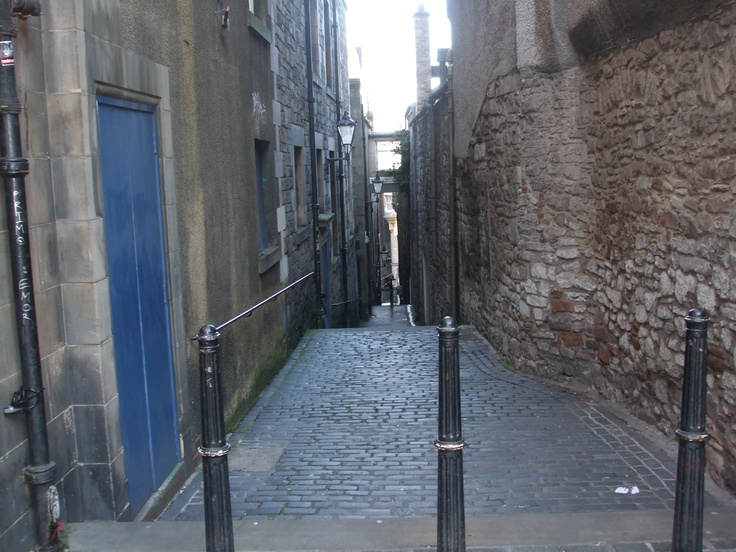 Typical 'close' (small lane) between two streets in Edinburgh, Scotland. One of the most unique and interesting cities we have visited.  I wish we had had more time!