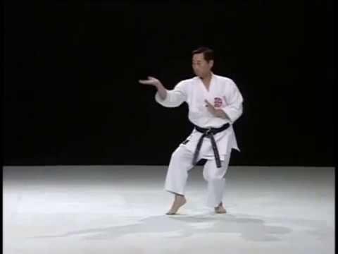 Kururunfa _ Shito Ryu Karate Do Kata & Bunkai - YouTube