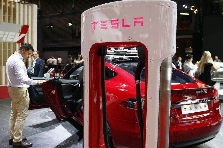 Tesla surprises analysts with hottest sales quarter in history #Tesla #Models #car #Automotive #cars #Autos