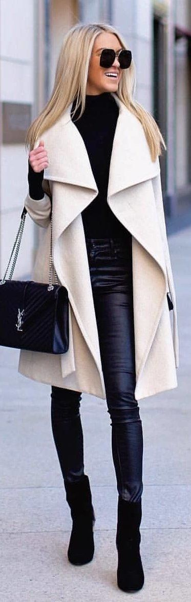 #winter #outfits brown trench coat. Pic by @milano_streetstyle.