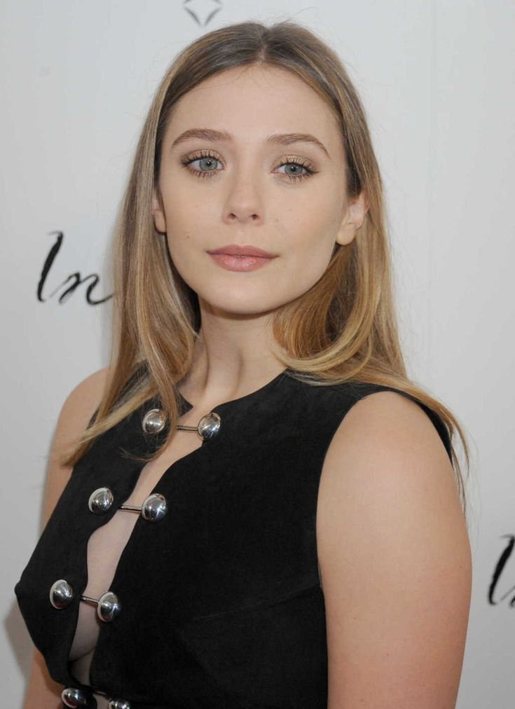 Here's some sleek and straight hair inspiration from Elizabeth Olsen.