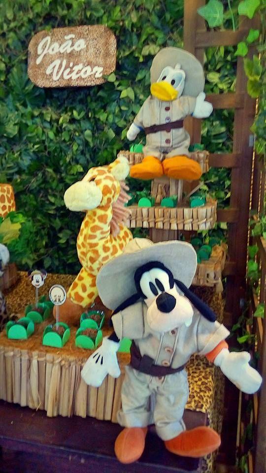 Decoração o Mickey Safari #mickeysafari #safaridomickey #mickey #safari #festadosafari #festa #bethdecora #decoraçãoinfantil #decoraçãodosafari whattsapp 98325-2545