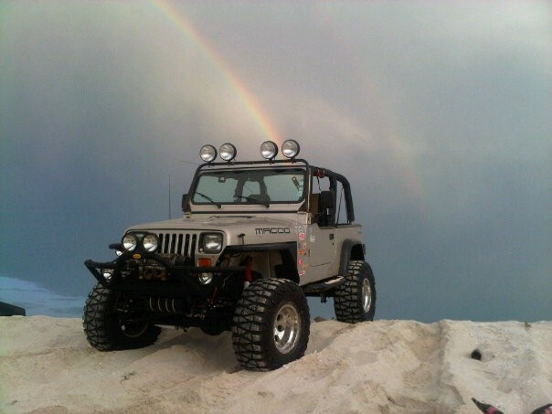 JEEP Wrangler (YJ) !! _____________________________ Reposted by Dr. Veronica Lee, DNP (Depew/Buffalo, NY, US)