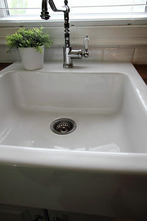 25+ Unique Cleaning Porcelain Sink Ideas On Pinterest | Porcelain Sink, How  Kitchen Sinks Work And Keepers At Home
