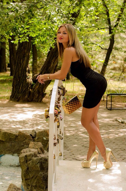 Teen models stripper heels 12