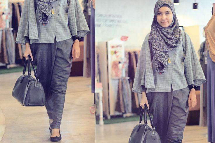 Blue Grey   Siti Juwariyah