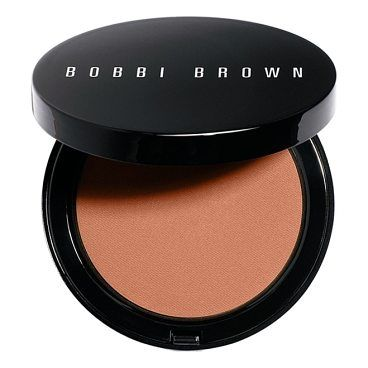 bronzing powder by Bobbi Brown. What it is: Bobbi Brown Bronzing Powder is a lightweight powder bronzer with a soft, matte finish. It's your secret to achieving a sun-kissed look year-round (or whenever you want to warm up sallow skin).Who it's for: It's ideal for anyo... #bobbibrown #makeup #beauty