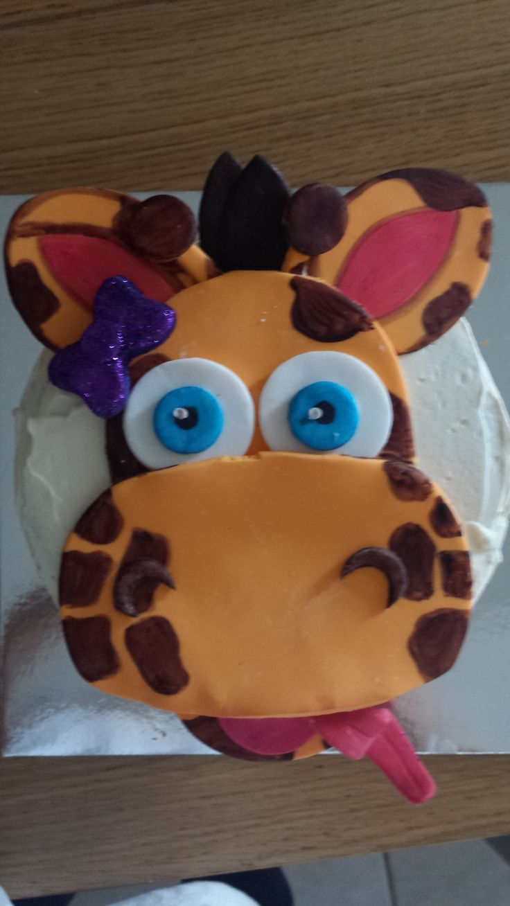 Sharing a birthday with my little man is my SIster-in-law, a giraffe lover like myself. This was the cake topper for her birthday cake