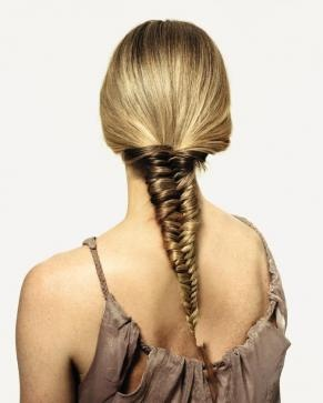 How to do a Fishtail Braid.: Hair Ideas, Fishtail Braids Hairstyles, Long Hair, Fiveminut Fishtail, Growing Hair, Hair Style, Big Sisters, Twists Braids, Five Minute Fishtail