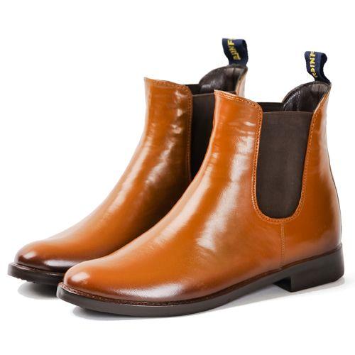 よくできてるなあ。雨の日以外にもはきたくなりそうだ。【RAINFUBS(レインファブス)】サイドゴアレインブーツ/RIGEN-W (リゲンダブル)の商品詳細ページです。革靴のようなルックスをした、PVC製の防水レインシューズ。サイドゴアタイプで、雨上がりの街にもなじむクールなデザイン。