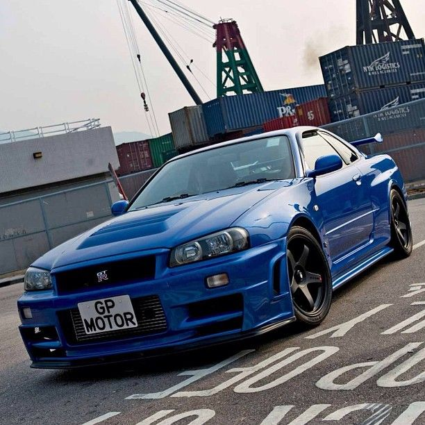 best 25 skyline gtr r34 ideas on pinterest nissan gtr. Black Bedroom Furniture Sets. Home Design Ideas