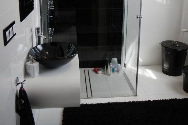 Odplywy Prysznicowe Narozne I Lukowe Przeglad Instalacje Sanitarne Bathroom Bathtub