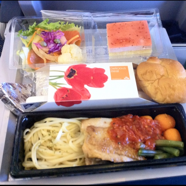 top i like klm airlineus meals with buffet cuisine fly. Black Bedroom Furniture Sets. Home Design Ideas