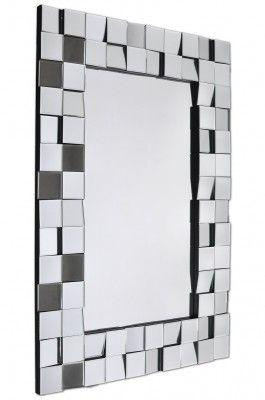 Lustro Edge  Ozdobne lustro Edge robi ogromne wrażenie. Stylowe lustro podkreśla urok wnętrza, w którym się znajduje. Rama wykonana z fazowanych kwadracików lustra wklejonych pod różnymi kątami. Krawędź boczna koloru czarnego. Edge to propozycja na lustro dekoracyjne do przedpokoju, do sypialni i do salonu.