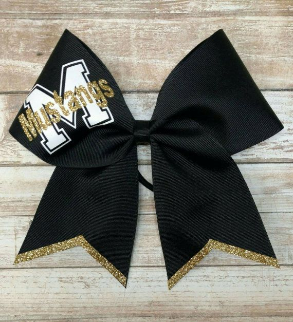 This custom mascot cheer bow is based on 3in grosgrain ribbon with heat sealed ends. All the gold on this bow is non flaking glitter :) ********************************** Teams, of 6 or more, get a discount of 10% off using the coupon code CHEERTEAM9. Please message me prior to purchase to make sure I have your colors. I do all my work at night, so this is when I answer most messages. I have my 4 small children during the day, I do try to answer all messages as soon as possible but please…