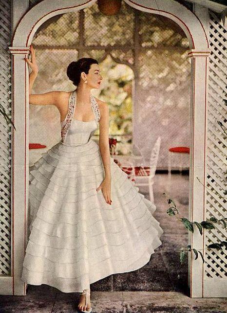 nice vintage wedding dress.....Dorian Leigh,1953
