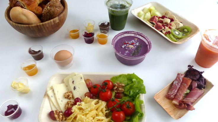 Frühstück bestellen bei EarlyTaste in Köln. Wie es geschmeckt hat, lest ihr auf meinem Blog.  #Lieferservice #Lieferung #Frühstück #Breakfast #Köln #Cologne #gesund #fit #lecker #Brot #Brötchen #Brotkorb #Smoothie #Bio #Früchte