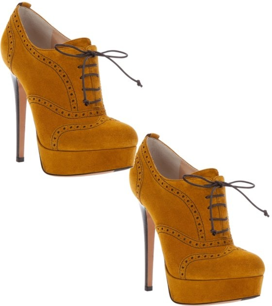 These mustard ankle booties from Biondini are an essential for the fall!Ankle Booty, Mustard Ankle, Ankle Booties