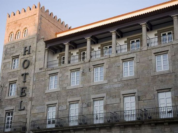 Los mejores hoteles en Santiago de Compostela. Vuelo más hotel en Santiago para aquellos que van a hacer el Camino. Enlaces a un solo click para reservar vuelo y hotel en Santiago  de Compostela, La Coruña, Galicia.