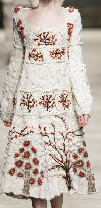 Another beautiful example of Kenzo knitwear♥