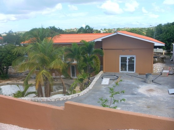 the new area of Curinjo holiday resort under construction, adding 12 new apartments and 2 pools to our holiday resort, feb 2013