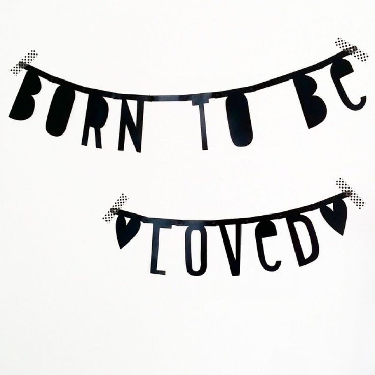 #Wordbanner #tip: Born to be loved - Buy it at www.vanmariel.nl - € 11,95