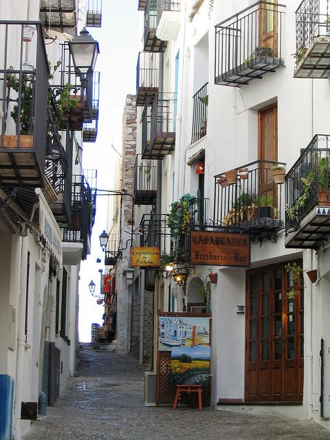 Calles del arte in Peñíscola, Castellon Province, Spain