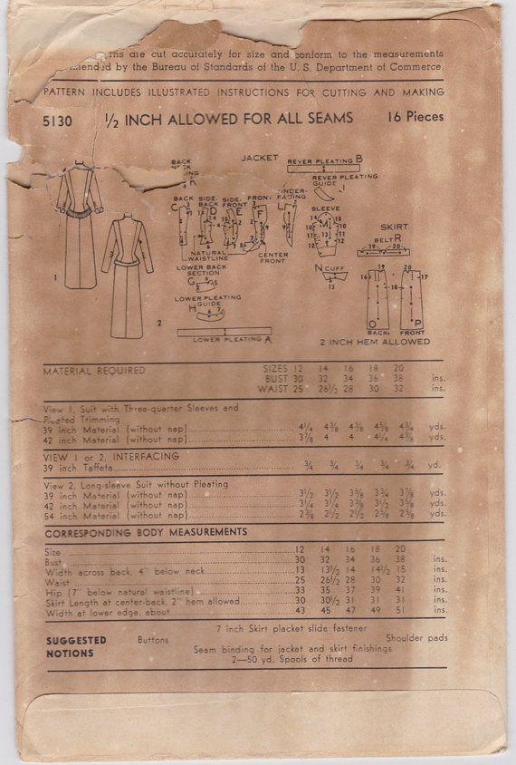 DÉTAILS Modèle Advance # 5130 Sans date, depuis les années 1950. Ce modèle est inutilisée et encore plié.  Taille 14 Buste : 32 Taille : 26,5 Hanche : 35 (Tailles de motifs varient et changent ; pour un ajustement précis, se référer aux mesures).  DESCRIPTION Ce modèle est pour une robe inhabituelle costume composé dune veste de taille de pin et une jupe slim. La veste peut être faite avec manches 3/4 et collerette plissée inhabituelle garniture à la hanche et le décolleté ou à manches l...