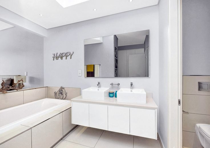 Classical Luxury designed for the owner or investor, in the prominent suburb of Hyde Park, this lavish property with spectacular finishes throughout, is for the discerning resident. #SandtonInvestment #LuxuryApartments #LifeStyle #SandtonProperty #HydePark