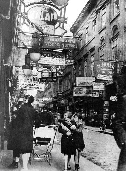 Imre Kinszky     Király Street, the Main Street in Budapest's Largest Jewish Neighborhood Before World War II     1929