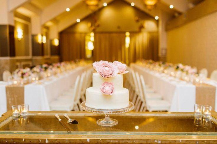 Warehouse wedding- Mirra Brisbane- Julian Beattie- Stylised- Brisbane- Pastel flowers- Blush- Lilac- White- blue- Vintage- Metallic- Gold- Cake- Reception- Styling