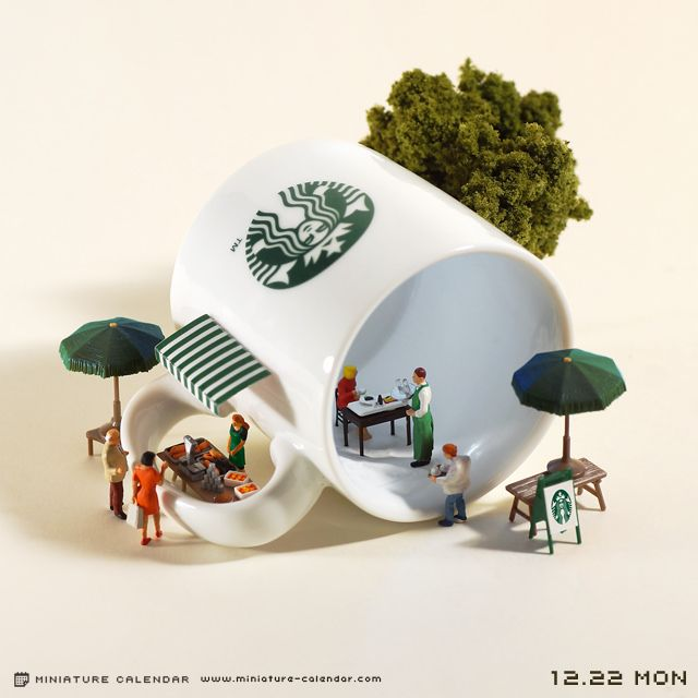 Starbucks miniature photography - incredibly enchanting and surreal worlds made of little people. Creative macro lens photography
