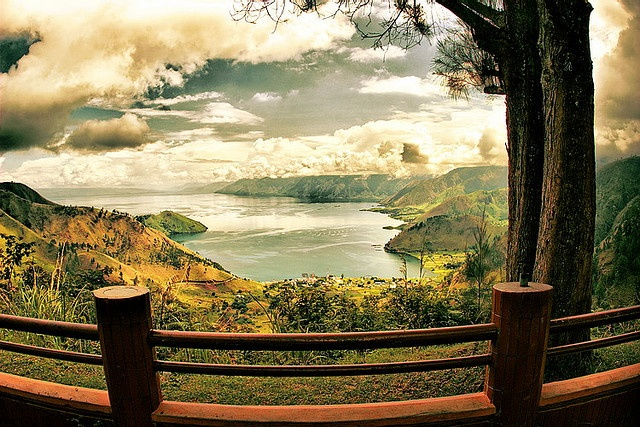 Danau Toba (Lake Toba), is one of awesome place in our country