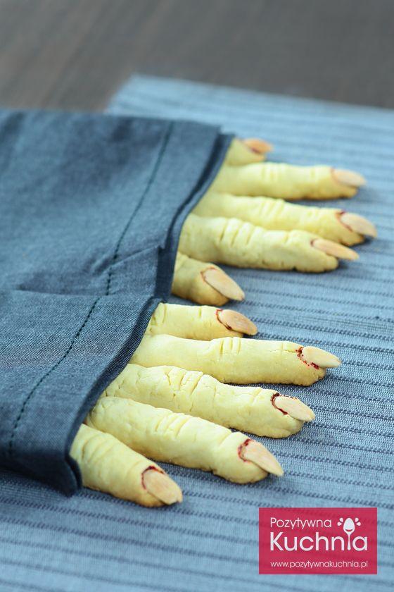 #ciastka #ciasteczka palce wiedźmy z kruchego ciasta z migdałami  http://pozytywnakuchnia.pl/palce-wiedzmy/  #przepis #halloween