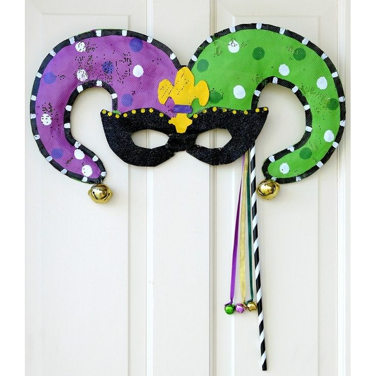 Mardi Gras Jester Mask Door Hanger: Screenings Image | Crafts