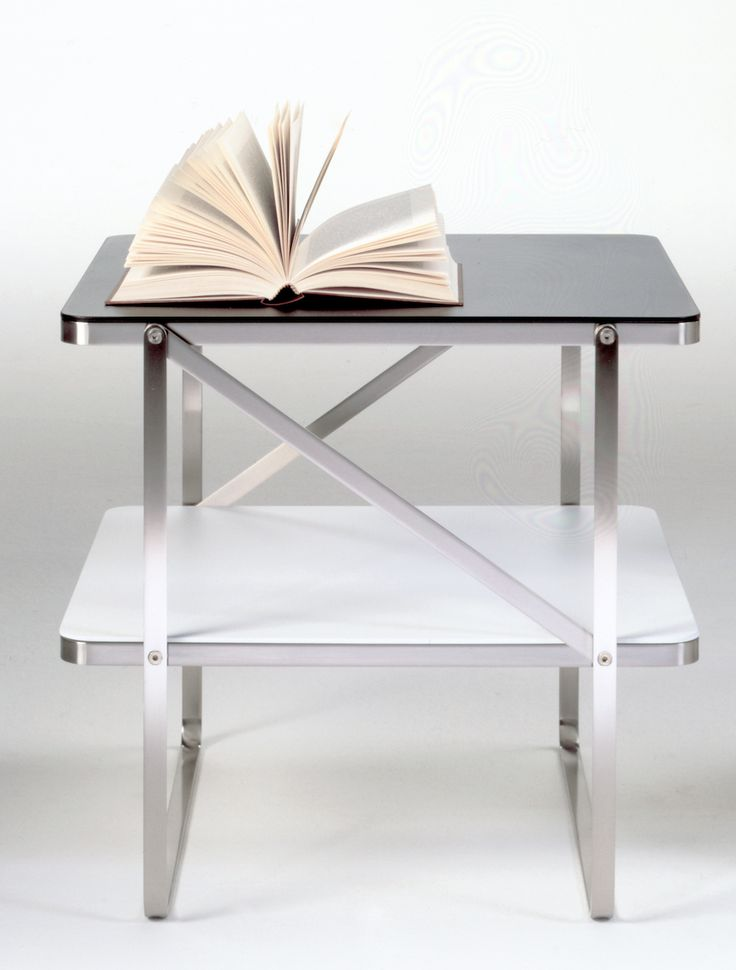 FLEXFORM CARLOTTA small #table, designed by Antonio Citterio