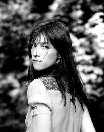 """CHARLOTTE Gainsbourg"" ""#Mary #Elizabeth #Winstead"" ""#Margarita #Kallas"" ""#Trish #Goff"" #Coraline #Gainsbarre #NARS  #naaktheid #garçonnes #EU27 #Bohème #arthouse #Brexpat #ijshockey #kunst #gothic ""#riot #grrrl"" #Europees #Franse ""#metal #chick"" #Sagittarius #Boogschutter #Pisces #Vissen #Aries #Ram #Scorpio #Schorpioen ""#Sims #2"" #indie #kunst ""#rood #haar"" #afbeeldingen #vampier #kapsel #Ponys #franges #bangs #Erasmus #Španělsko #Rakousko #Katalánsko #Lucembursko #Nizozemsko #Grufti"