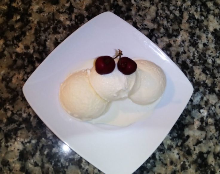 طريقة عمل ايس كريم الفانيليا في المنزل بدون ماكنة اسهل طريقة لعمل البوظة Vanilla Ice Cream Youtube Dessert Recipes Food Desserts