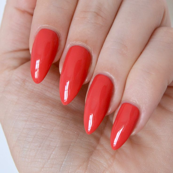 Essie 'eclair my love' (summer collection 2017) - hot red nails