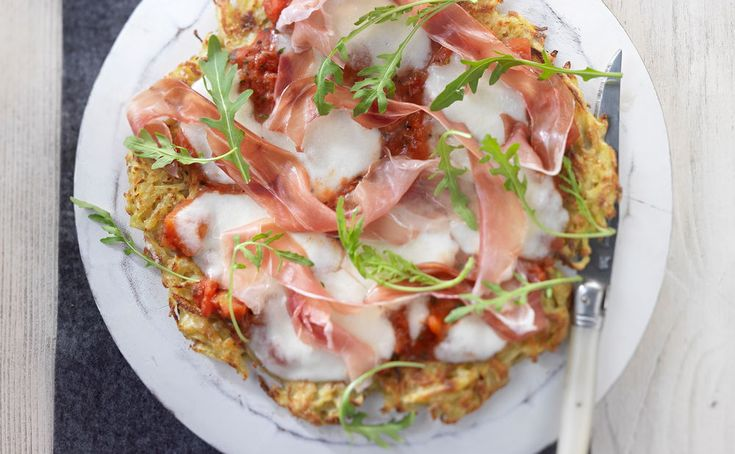 https://www.gusto.at/rezepte/erdaepfel-pizza-schinken-rucola