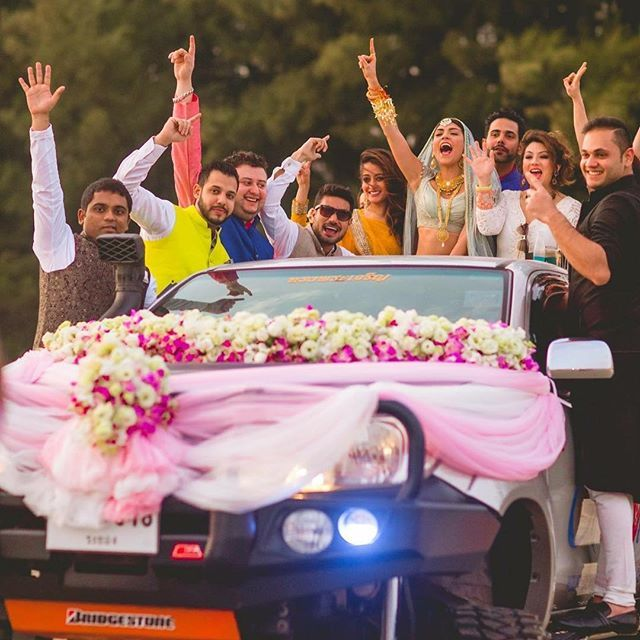 VJ Archana's wedding entry on a pick up truck for her beach wedding in Thailand!     Location- @rayongmarriott, Thailand  Photo Courtesy- @thelightsmiths.in (Mumbai)    #thailandweddings #weddingentry #bridesentry #pickuptruck #thailand #rayong #thailandweddingsutra #tatmumbai #tat #tourismauthorityofthailand #beachwedding #archanavijaya #celebritywedding #celebwedding #coolbrode #bridalfashion #bridaltrends #rayongmarriott #destinationwed...