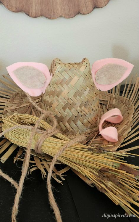 Best 25 diy pig costume ideas on pinterest bff halloween how to make three little pigs diy costumes for halloween or a school play tutorials solutioingenieria Images