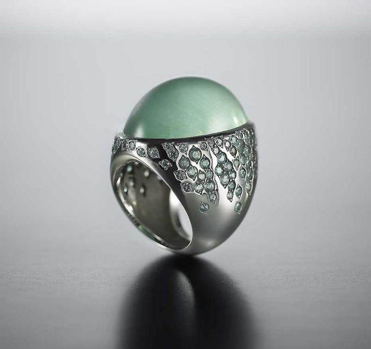 Walid Akkad minimalist jewellery