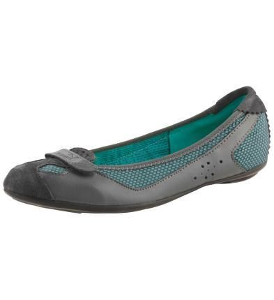 Женская спортивная обувь puma
