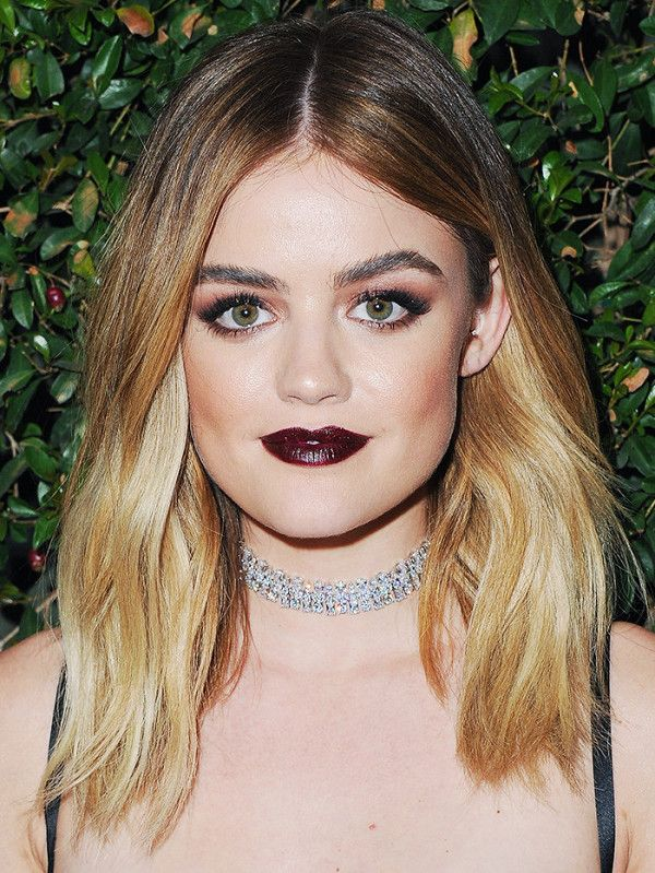 Lucy Hale opted to get rid of her signature brunette locks and go for an ombre blonde hairstyle instead. The dark roots give this look an autumnal edge.