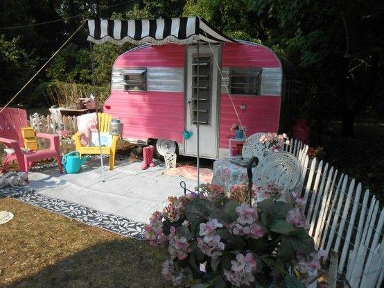 67 playmor vintage camper for sale u2013 adorable too much pink iu0027